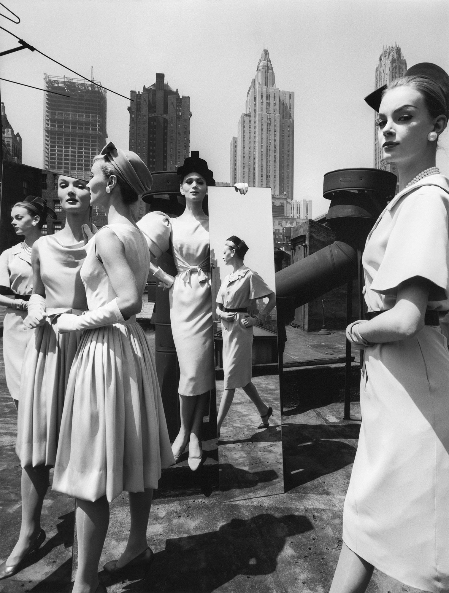 Evelyn, Isabella, Nena + Mirrors New York (Vogue), 1962