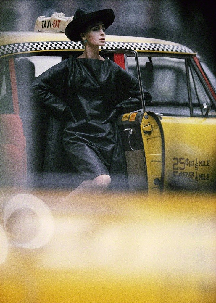 Antonia + Taxi, New York (Vogue), 1962