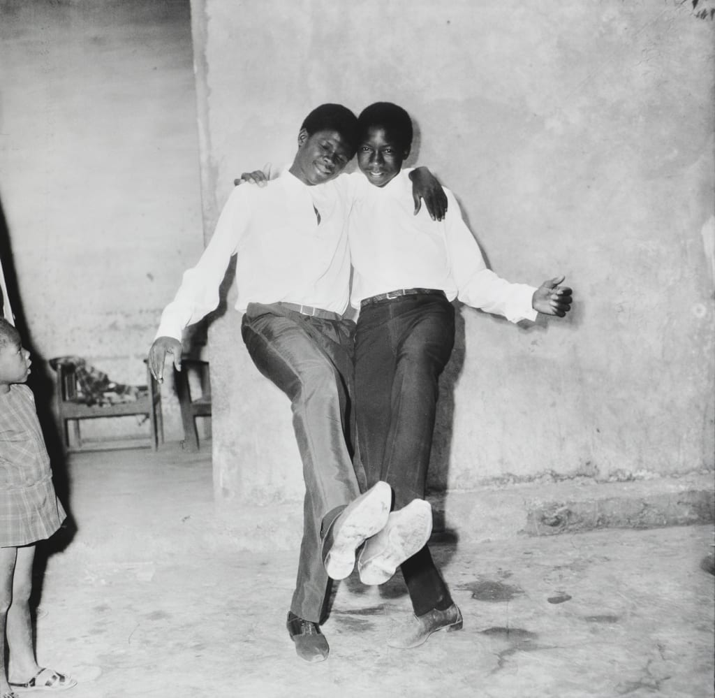 Malick Sidibé - Show of Two Friends, 1966
